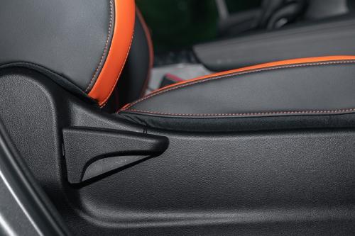 2021款哈弗F7x极智潮玩版1.5T副驾座椅调节