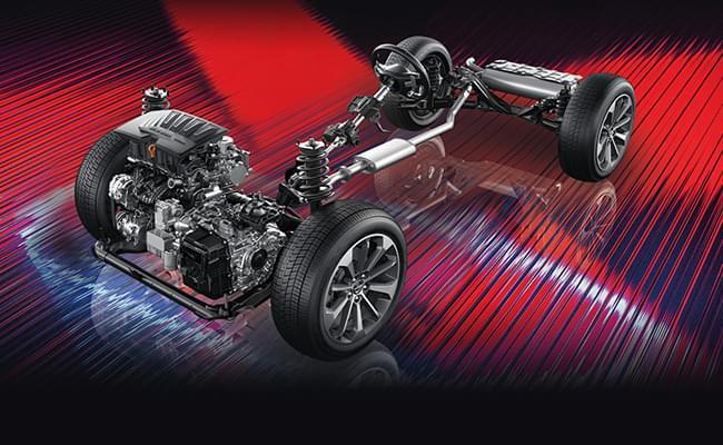 哈弗F5 性能全面优化,过弯支撑性更强,具备优越的操控性能