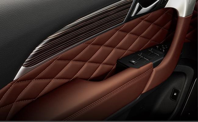 哈弗H9 全新座椅配色搭配座椅菱形缝线,细节彰显匠心工艺。