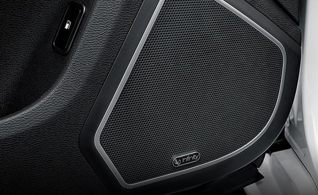 哈弗H9 哈曼国际Infinity音响,以震撼的临场感带来更高级的视听感受。